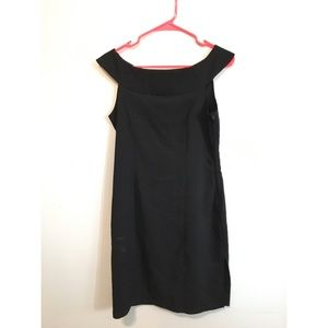 CHESLEY Sexy LBD with Slit and BOAT NECK